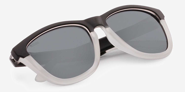 38971c6b2da3 ▷ Modelo Hawkers Black Frozen Grey Chrome One S Strong